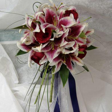 Свадебные букеты из лилий для невесты